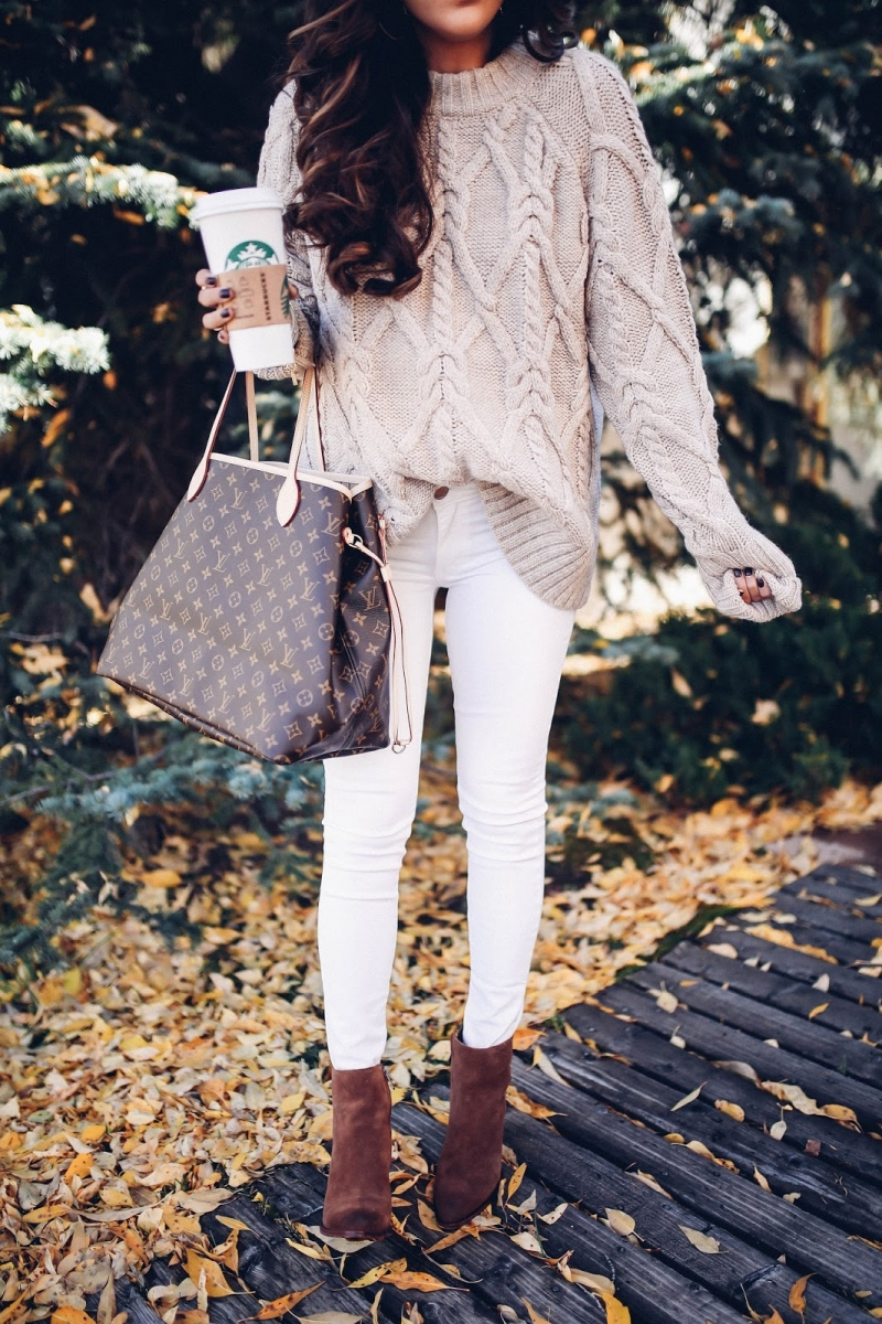 8 Cute Fall Outfits featured by top US fashion blogger, Emily Gemma of The Sweetest Thing: fall fashion 2017 outfits, fall fashion trends 2017, fall outfits tumblr, cute fall outfit pinterest, BANFF canada review, Lake Louis Canada, travel blogger, emily gemma,, the sweetest thing blog, Aspen, CO october weather, louis vuitton Neverfull GM, Louis Vuitton outfit Pinterest, Cute outfits with white jeans in fall, Cable knit sweater fall