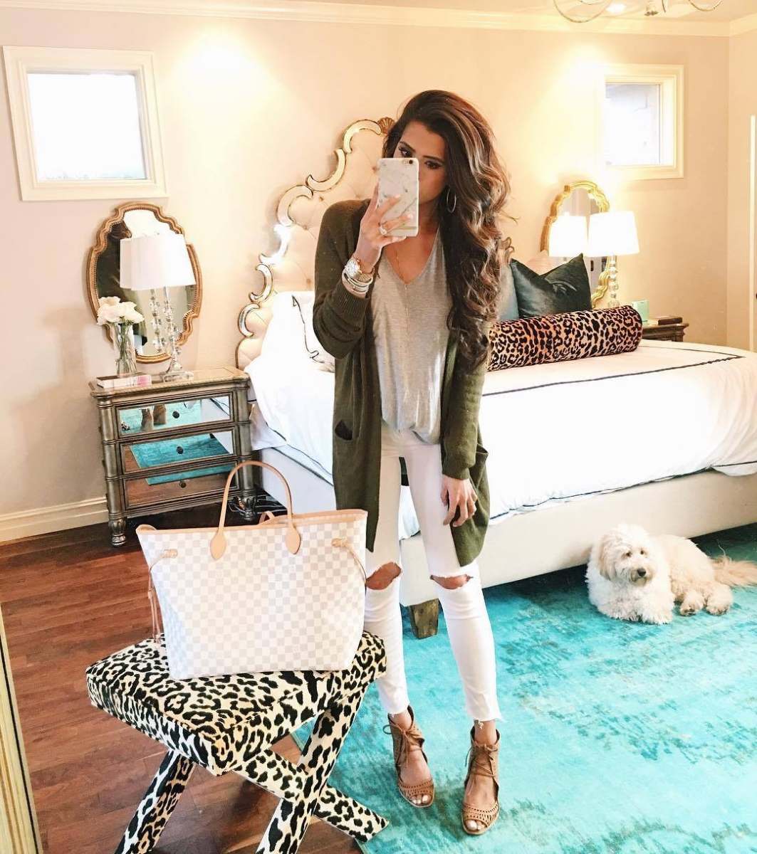 8 Cute Fall Outfits featured by top US fashion blogger, Emily Gemma of The Sweetest Thing: fall fashion 2017, fall fashion trends 2017, fall fashion outfits pinterest, fall fashion tumblr