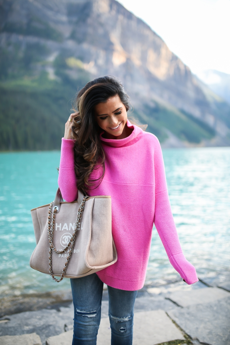fall fashion 2017, lake louise canada, pinterest fall fashion, fall fashion tumblr 2017, cute fall fashion travel photos, lake louise canada travel blogger, baby in bear outfit, cute babies in bear costumes, pink free people sweater, emily gemma, the sweetest thing blog