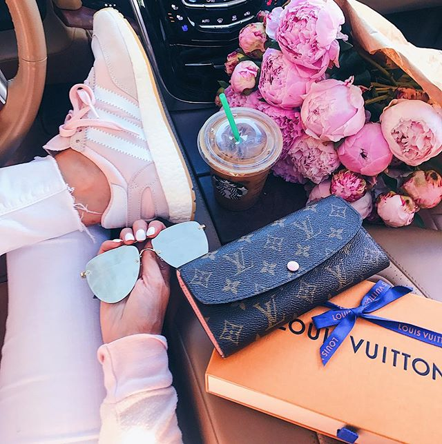 Adidas Iniki Pink, Quay Mirrored sunglasses aviators, Louis Vuitton Emilie Wallet Monogram, #frontseatsituation emilyanngemma Instagram, bouquet of Pink peonies in front seat of car