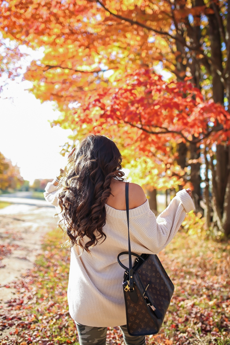fall fashion 2017, cute fall outfits pinterest, fall outfits with louis vuitton bags, fall outfits oversized sweater, fall outfit camo jeans, Louis Vuitton Popincourt MM, emily gemma, the sweetest thing blog