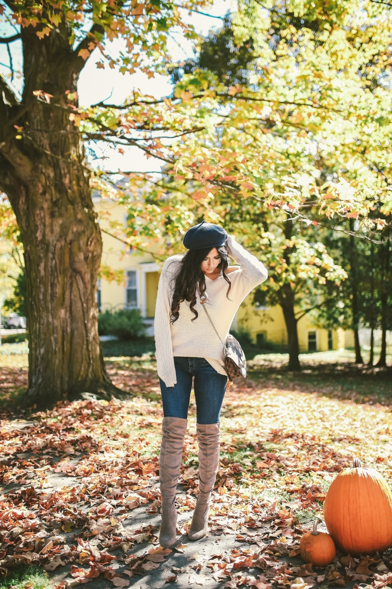 16 Thanksgiving Outfit Ideas featured by top US fashion blogger, Emily Gemma of The Sweetest Thing