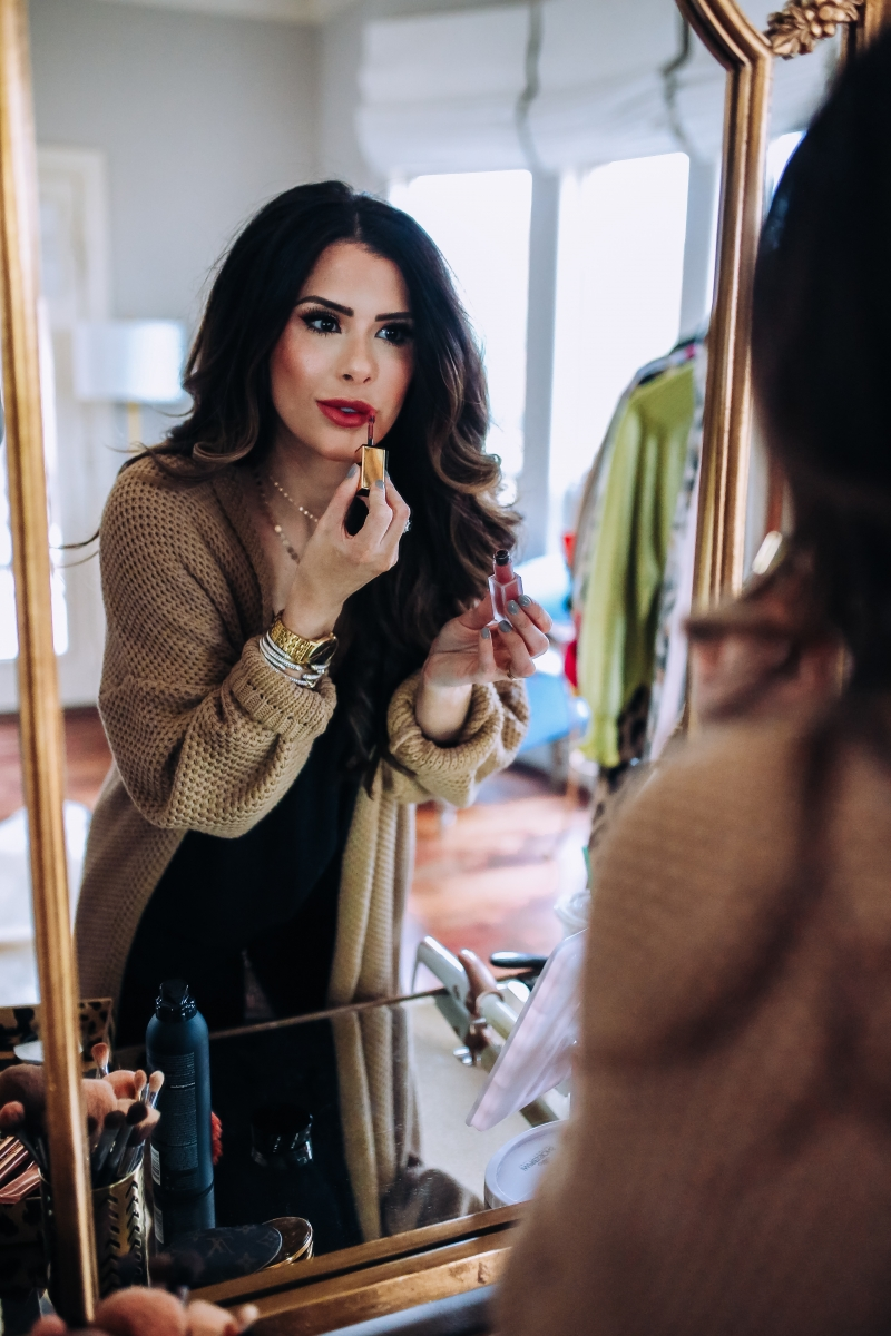 emily gemma makeup, emily gemma mascara, emily gemma home, giorgio armant powder fabric foundation review, the sweetest thing blog makeup posts, fall makeup ideas 2017, pinterest vanity and beauty rooms, vanity area pinterest