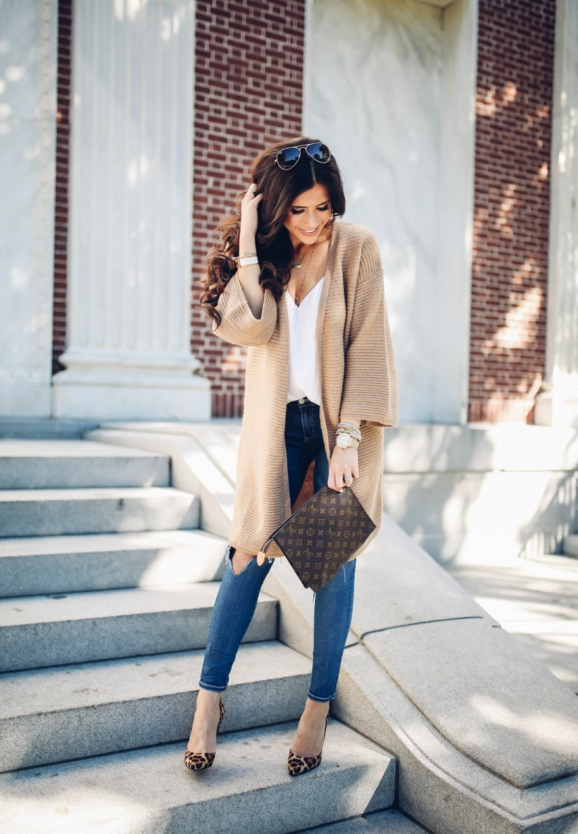 16 Thanksgiving Outfit Ideas featured by top US fashion blogger, Emily Gemma of The Sweetest Thing: cute fall thanksgiving outfitt 2017, cute fall pinterest outfit tan cardigan and jeans, emily ann gemma, the sweetest thing blog, all black outfit pinterest, easy cute casual womens outfit fall pinterest tumblr thanksgiving, fashion blogger fall outfits pinterest, Louis vuitton toiletry 26 clutch, leopard print So kate christian louboutin, american travel blogger in Vermont, fashion and travel blogger