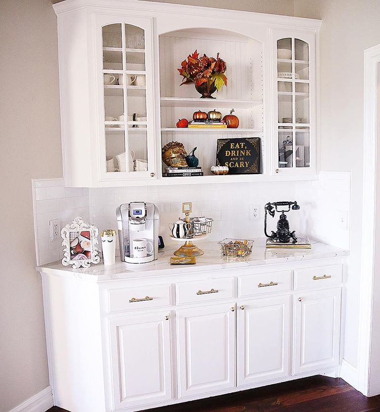 fall home decor emily ann gemma, white keurig in white kitchen, fall interior design home inspo, coffee bar inspo
