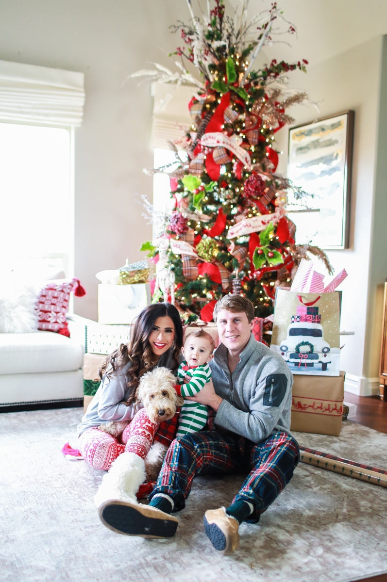 Christmas Pajamas Photoshoot.Holiday Pajamas For The Whole Family The Sweetest Thing