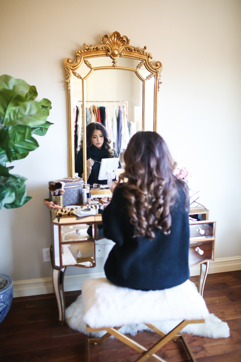 cute makeup vanity area, gold mirror makeup vanity, pinterest home decor makeup vanity, pinterest makeup storage vanity gold mirrored, louis vuittom makeup bags, emily ann gemma home, the sweetest thing blog home