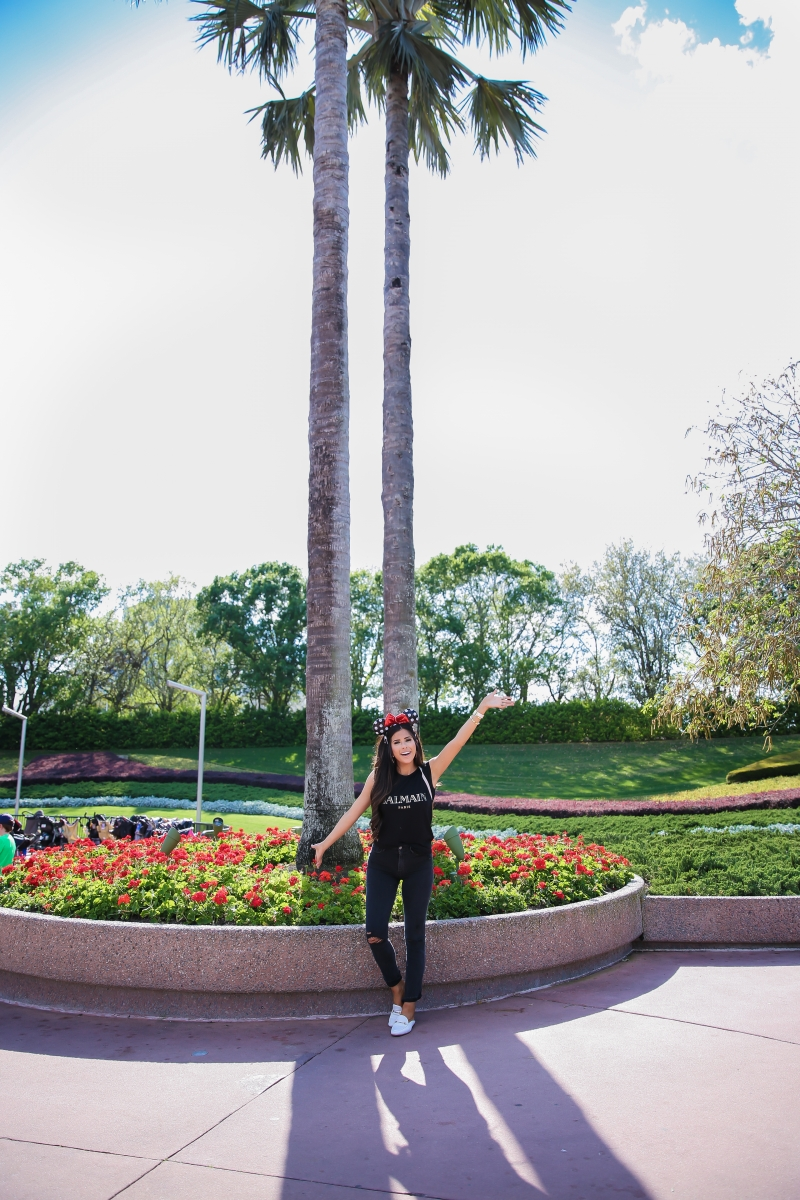 Cute Disney Outfits featured by top US fashion blog, Emily Gemma of The Sweetest Thing.