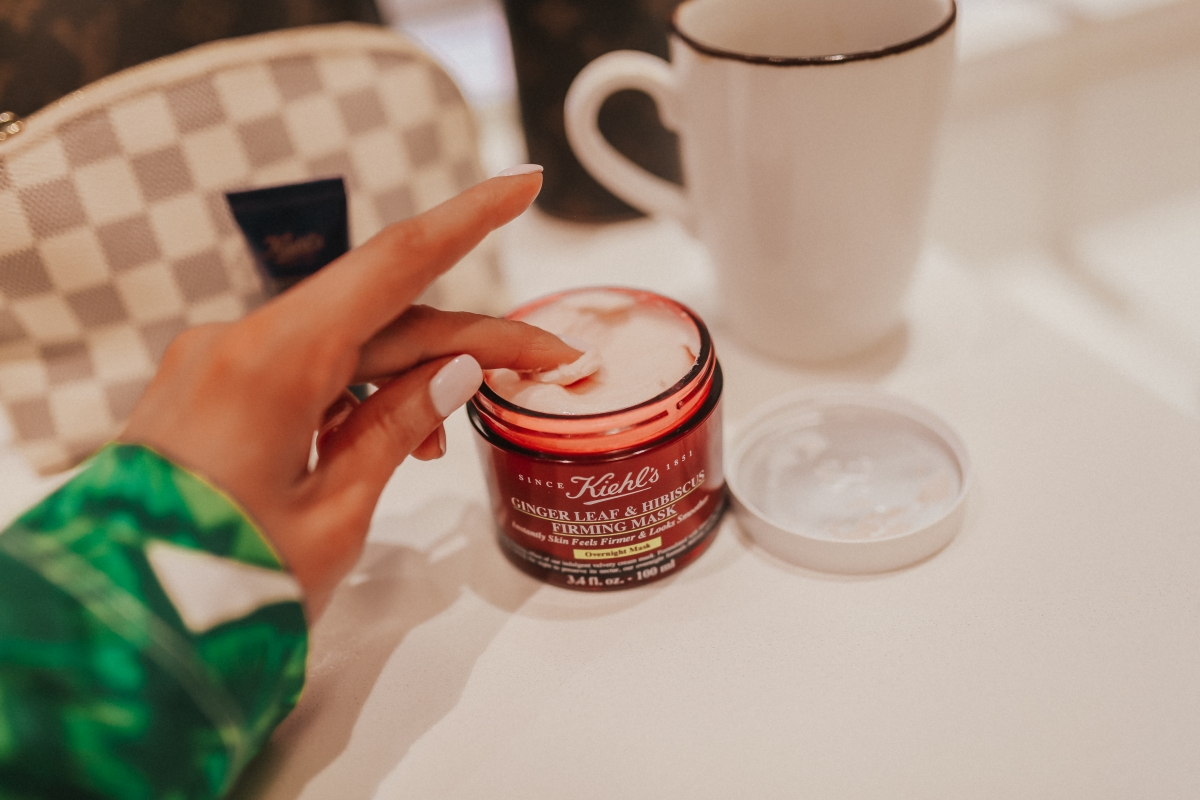 Kiehl's firming OVERNIGHT MASK THAT FIRMS & SOFTENS emily ann gemma the sweetest thing blog