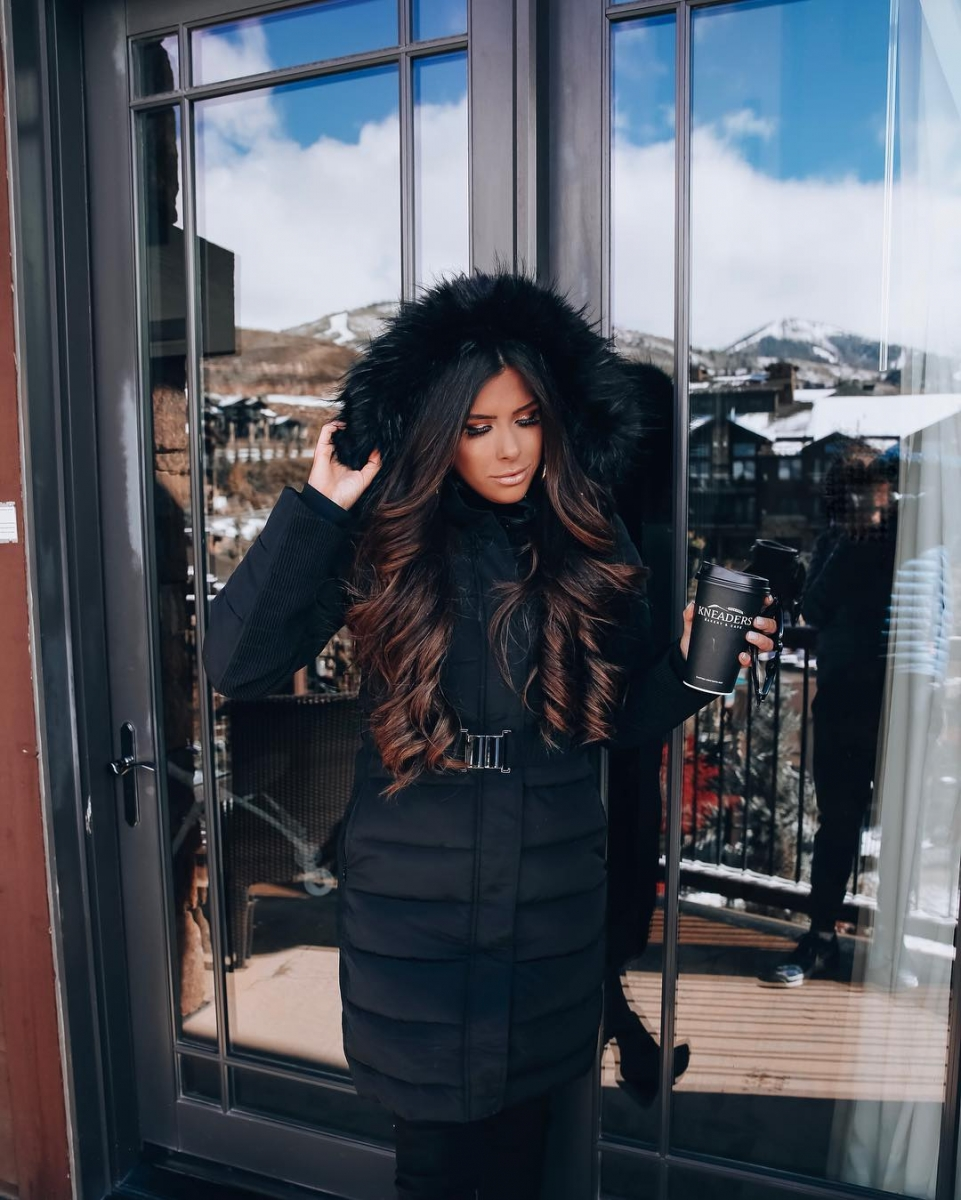 black puffer coat express with faux fur trim, emily ann gemma, express fall winter fashion 2018