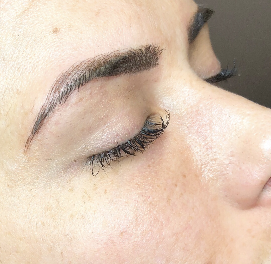 tulsa microbladed eyebrows, emily gemma microbladed eyebrows, microblading reviews, dallas microblading2