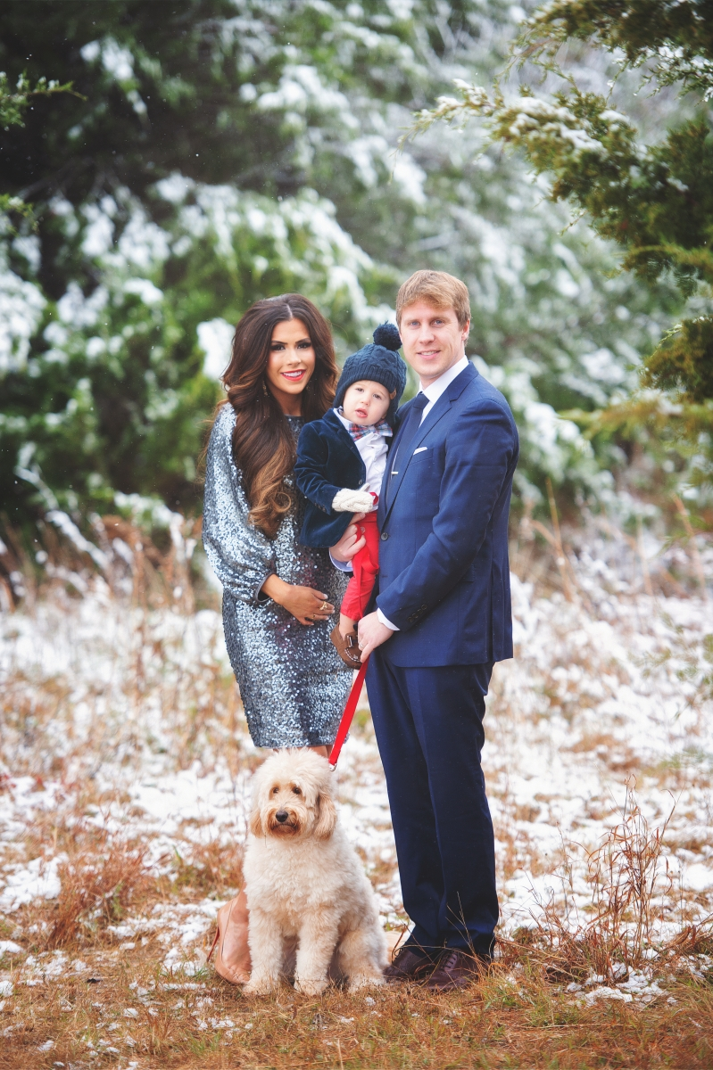 family Christmas card photo dressed up, Christmas card photos sequin dress, Christmas card photo inspiration, baby announcement Christmas card photo pinterest, Emily ann gemma, the sweetest thing blog