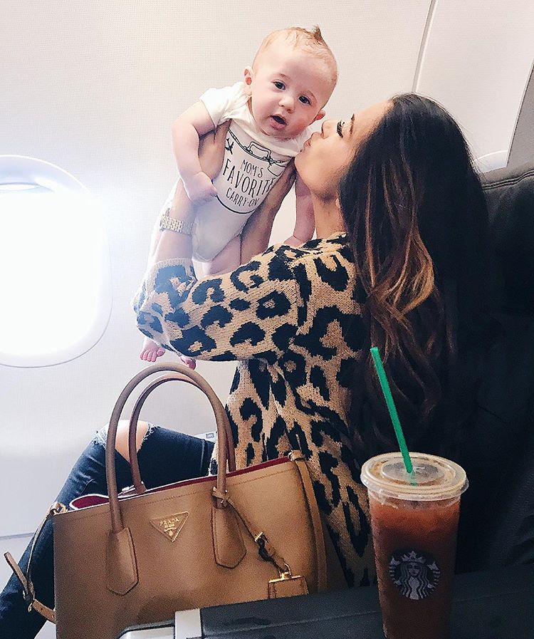 airport-travel-outfit-pinterest-cute-airport-travel-outfits-fall-fashion-2017-emilyanngemma4