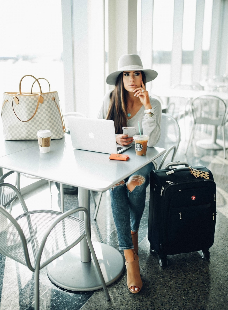 cute airport outfit idea fall 2018 pinterest, emily gemma airport travel fashion outfit idea