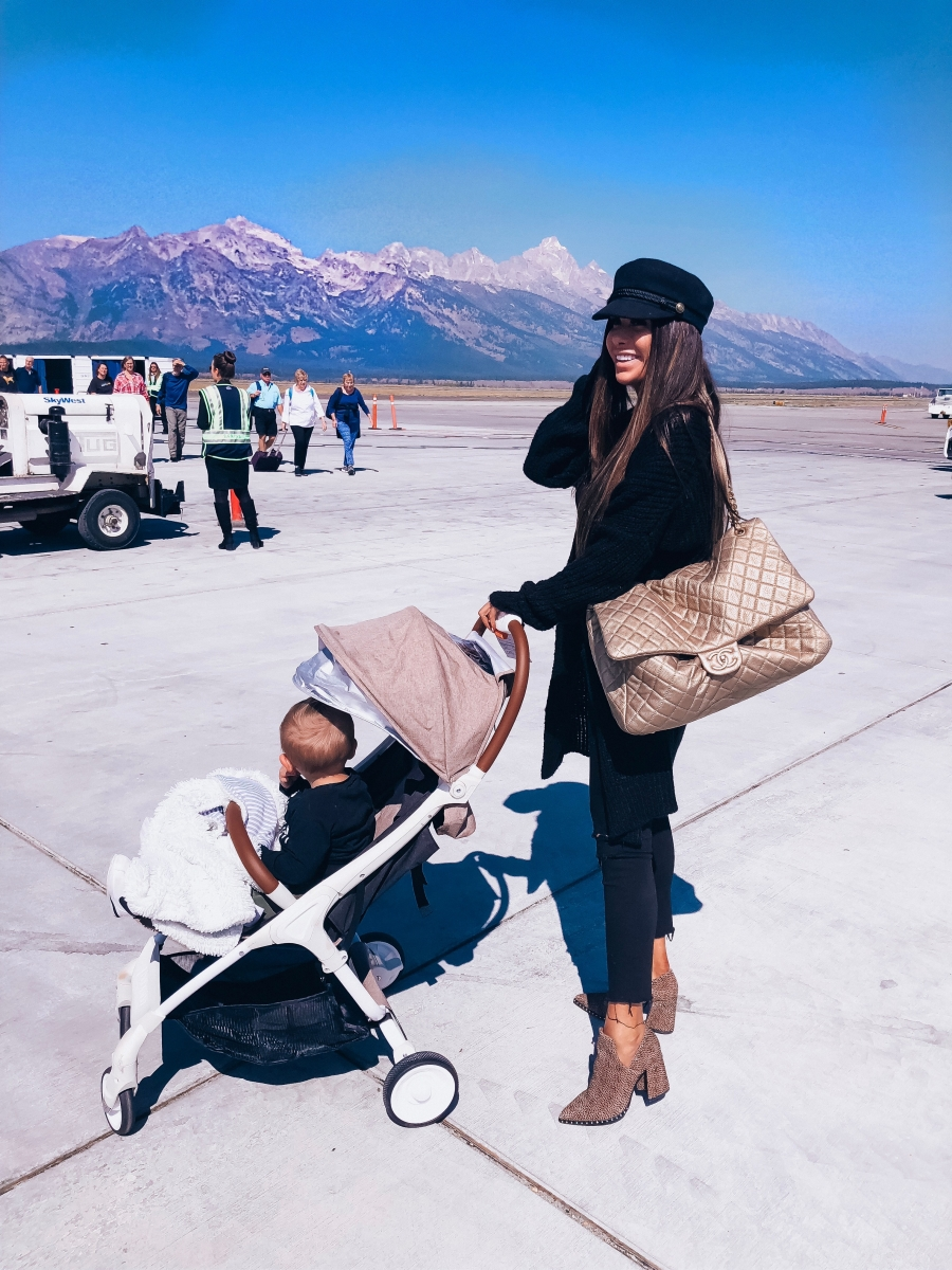 cute airport fashion outfit fall 2018 pinterest, emily gemma travel style, cute airport travel fashion outfit fall 2018, chanel XXL travel airlines bag