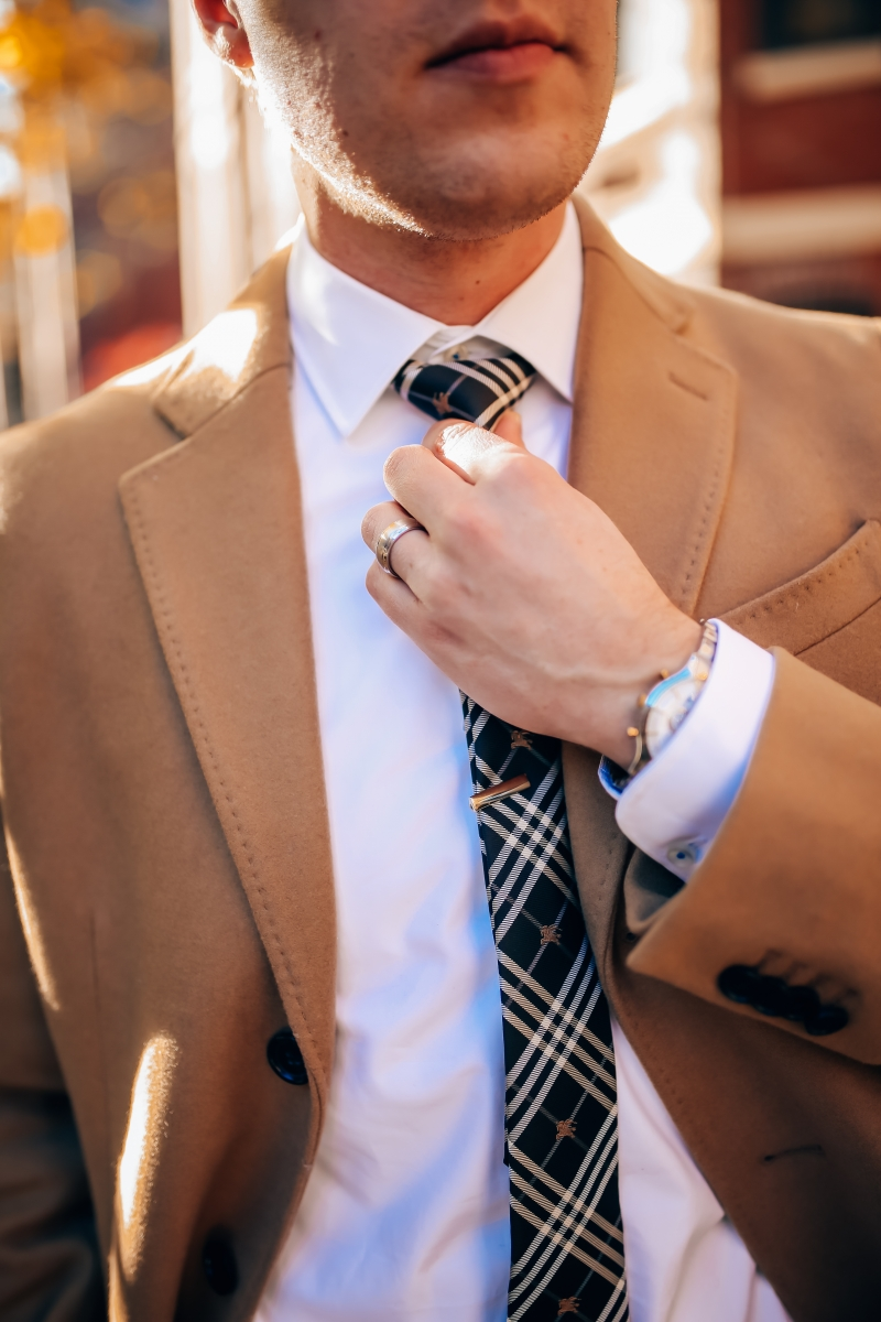 mens burberry tie and tie clip, emily gemma blog, mens fashion blog, boston travel fashion blog, banana republic coat
