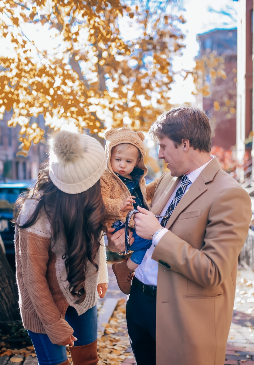 pinterest fall family outfit idea 2018, womens fall fashion pinterest, christmas card fall family outfit 2018, family photo idea 2018 pinterest, burberry tie, emily ann gemma-9