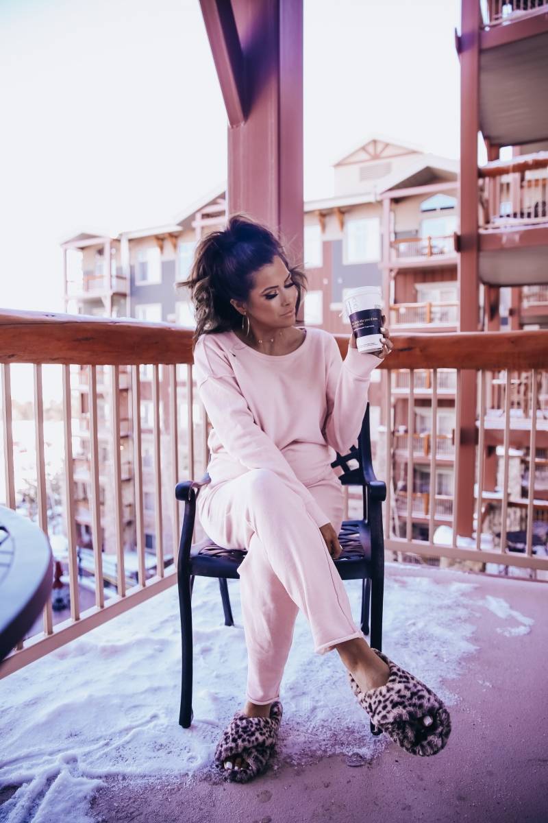 emily ann gemma instagram, cute loungewear, distressed sweatpants and sweatshirt, park city travel review, fashion blogger in park city travel blogger