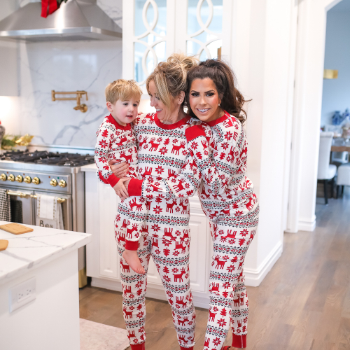Hanna Anderson pjs christmas, family matching christmas pajamas, christmas decor pajamas 2019 pinterest, babies christmas pajamas matching, the sweetest thing blog-5