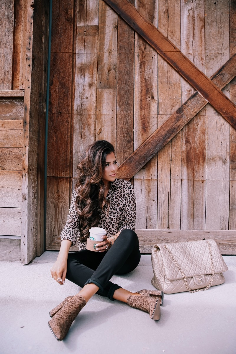 brunette balayage hair, emily gemma hair, popular beauty bloggers hair | BEST HAIR PRODUCTS FOR 2019💁🏻‍♀️ || PART 1 by popular US beauty blog, The Sweetest Thing: image of a woman with brunette hair extensions.