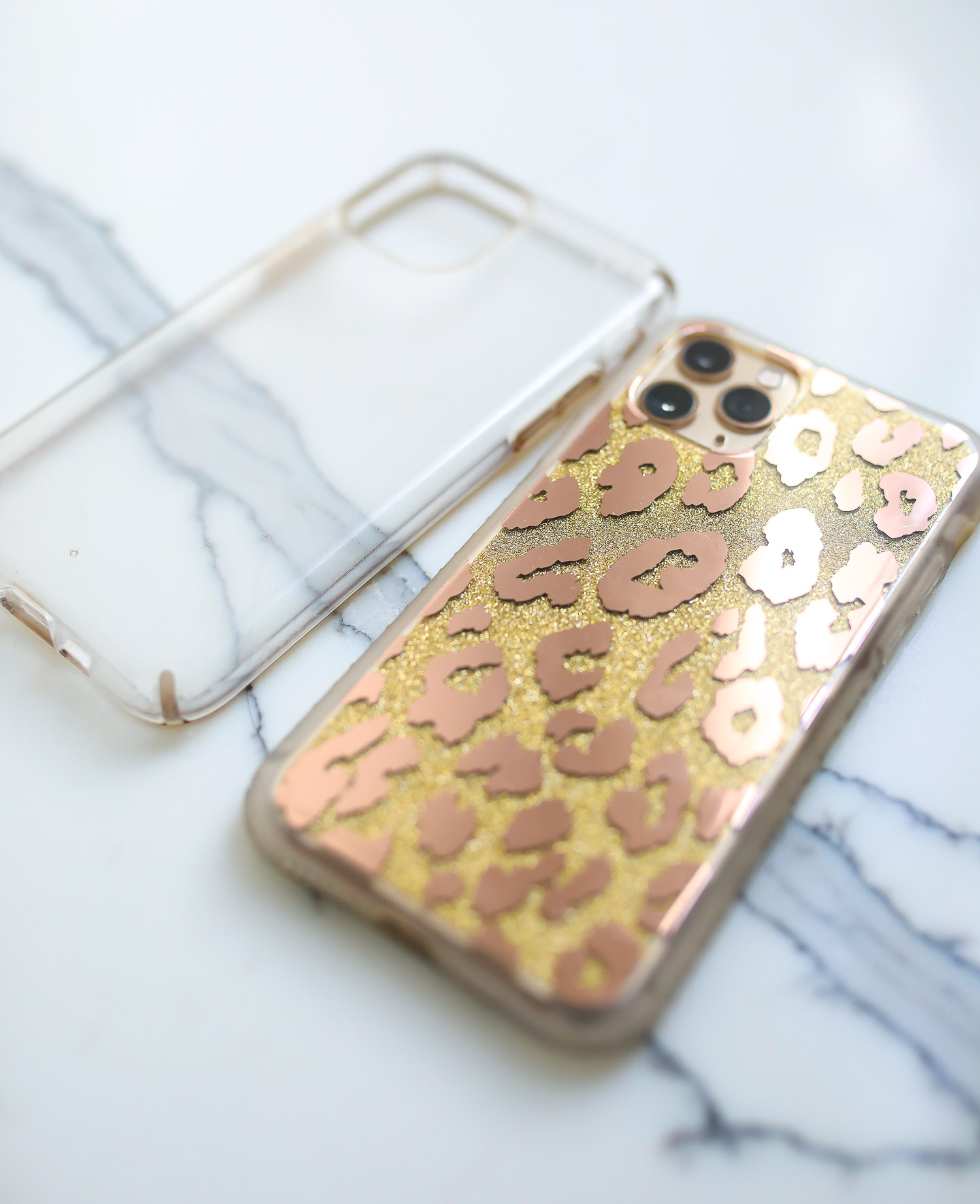 leopard print gold iPhone 11 Pro case, swig marble cup insulated, top amazon must haves, amazon best buys 2020, emily gemma, amazon prime must haves blog post,_-4   Amazon Prime Favorites by popular US life and style blog, The Sweetest Thing: image of a Amazon Prime clear phone case and a Amazon Prime leopard print phone case.