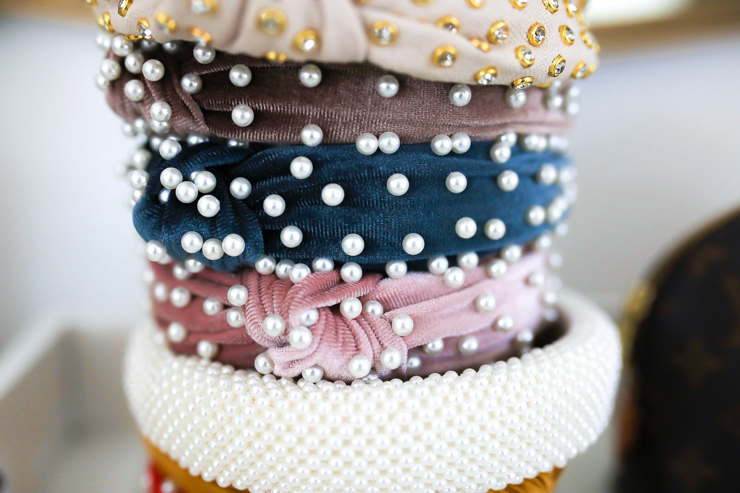 pearl velvet headband, swig marble cup insulated, top amazon must haves, amazon best buys 2020, emily gemma, amazon prime must haves blog post,_-4 | Amazon Prime Favorites by popular US life and style blog, The Sweetest Thing: image of Amazon Prime pearl headbands.