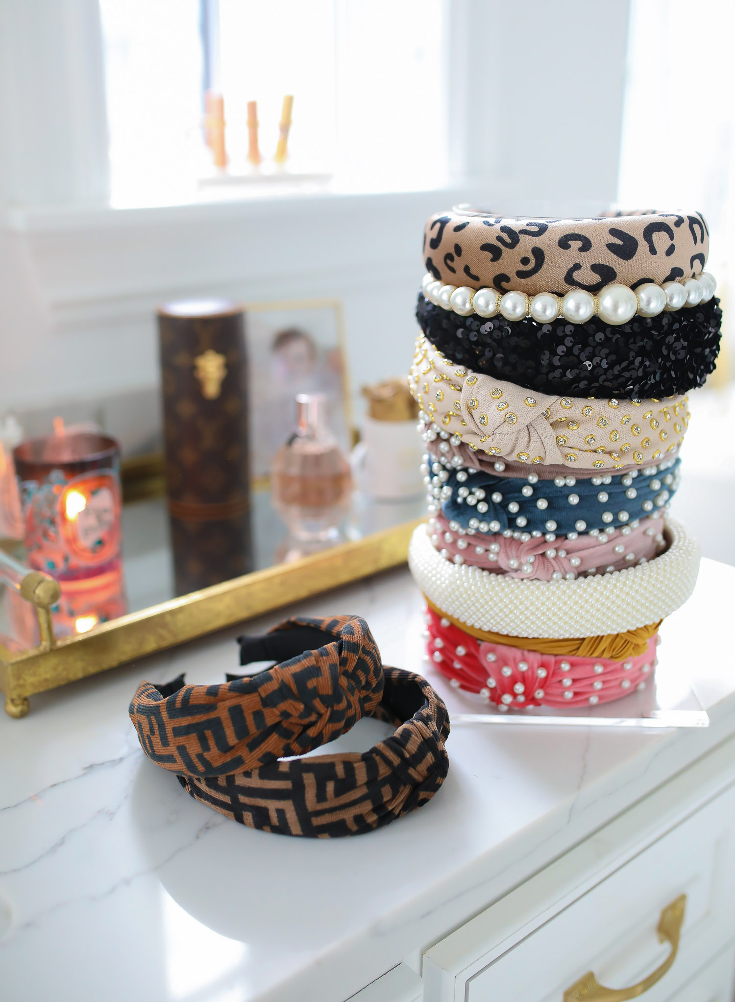 fendi dupe headbands, handband stand, swig marble cup insulated, top amazon must haves, amazon best buys 2020, emily gemma, amazon prime must haves blog post | Amazon Prime Favorites by popular US life and style blog, The Sweetest Thing: image of Amazon Prime headbands.