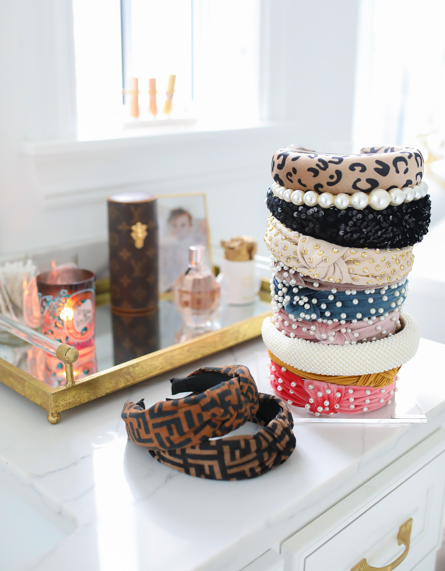 fendi dupe headbands, handband stand, swig marble cup insulated, top amazon must haves, amazon best buys 2020, emily gemma, amazon prime must haves blog post | Amazon Prime Favorites by popular US life and style blog, The Sweetest Thing: image of various Amazon Prime headbands.