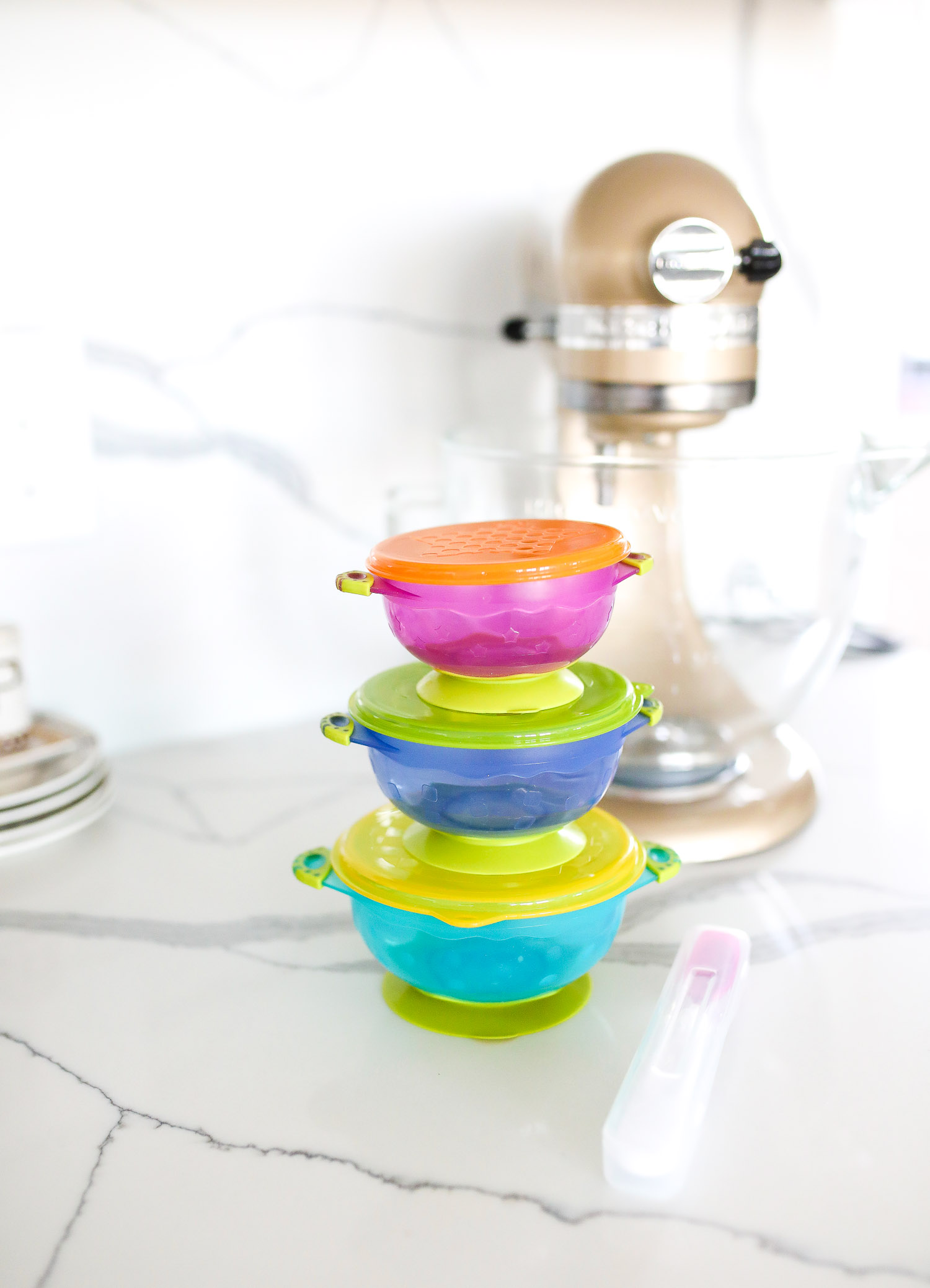 kids travel dishes bowls, top amazon must haves, amazon best buys 2020, emily gemma, amazon prime must haves blog post,_-4 | Amazon Prime Favorites by popular US life and style blog, The Sweetest Thing: image of Amazon Prime kids stackable travel bowls with suction.