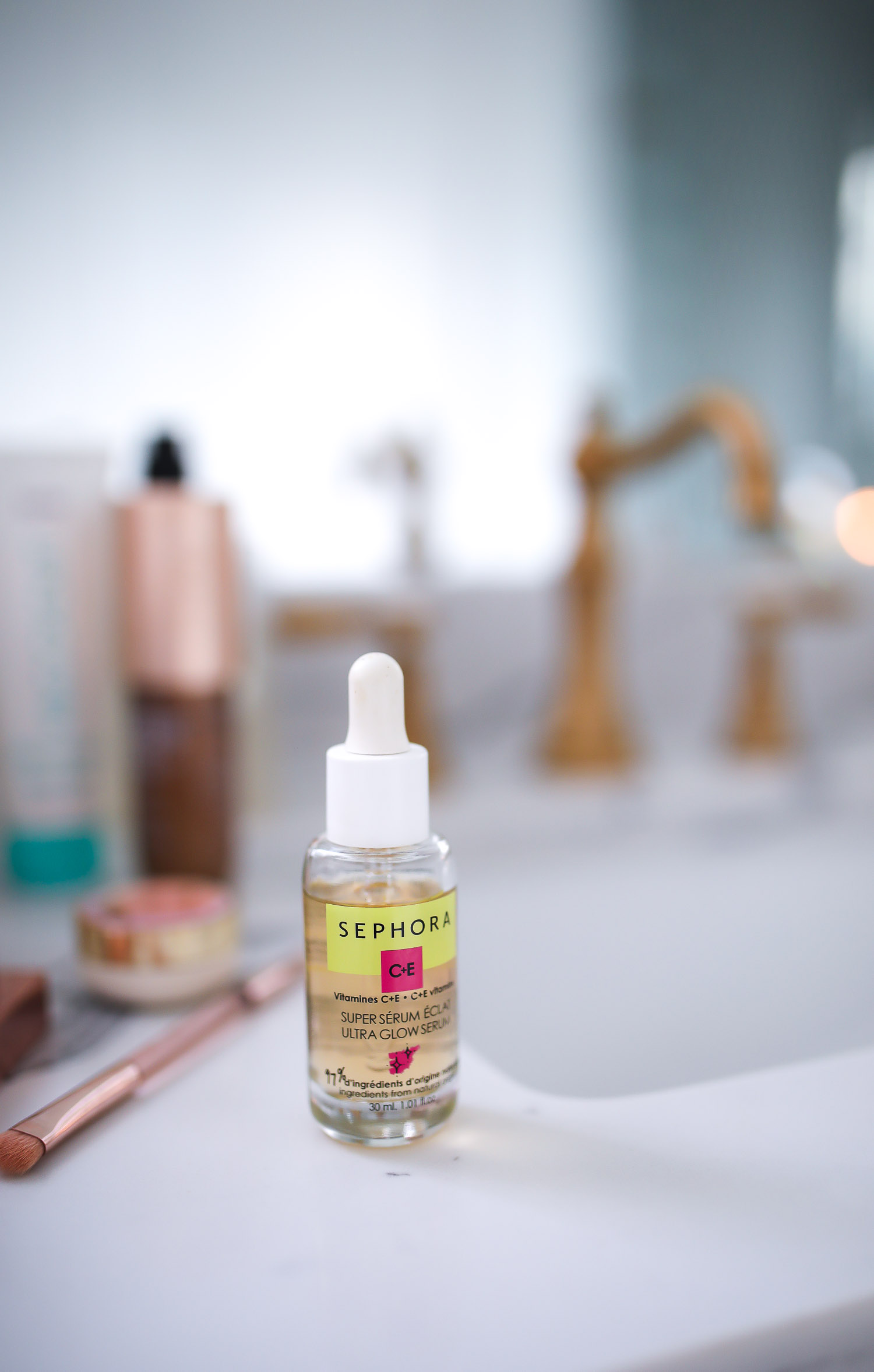Sephora Favorites by popular US beauty blog, The Sweetest Thing: image of a Sephora C+E Super Serum.