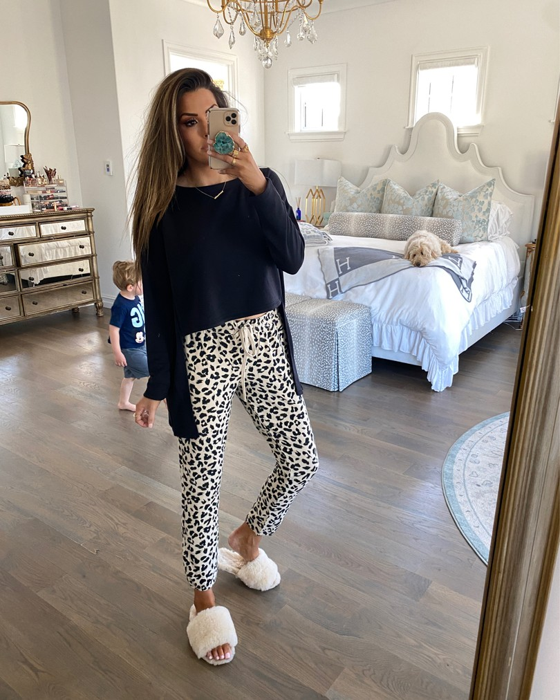 Instagram Recap by popular US lifestyle blog, The Sweetest Thing: image of Emily Gemma wearing a Steve Madden No Biggie High Low Sweater, Steve Madden joggers, and ASOS DESIGN Nola premium sheepskin slippers in beige