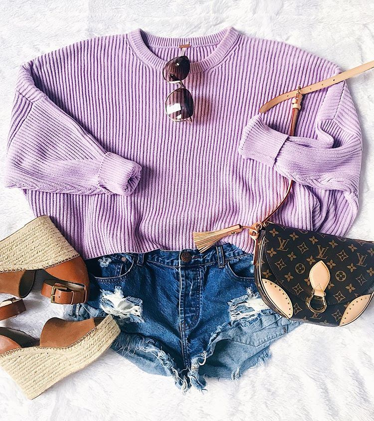 ShopBop Sale by popular US fashion blog, The Sweetest Thing: image of a woman wearing a ShopBop One Teaspoon Hendrix Bandit Shorts.
