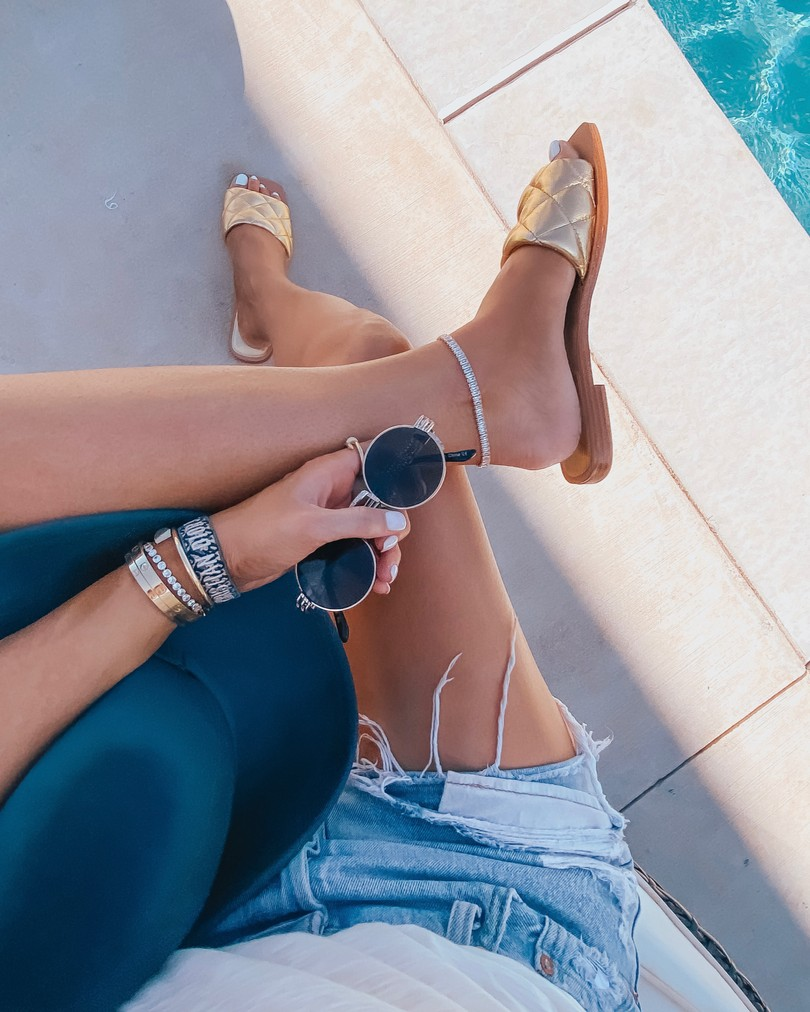 Instagram Recap by popular US life and style blog, The Sweetest Thing: image of Emily Gemma wearing Marc Fisher gold slide sandals, Levi's Shorts, Nordstrom Argento Vivo Carmen Chain Anklet ARGENTO VIVO STERLING SILVER, and Cartier bracelets.