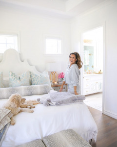 Home Decor, Bedroom looks, loungewear, NSALE 2020, Nordstrom Sale, Emily Ann Gemma  Instagram Recap by popular US life and style blog, The Sweetest Thing: image of Emily Gemma wearing a BP fleece pullover and BP fleece jogger pants and standing in her room next to her My Chich next bed that's decorated with a Barefoot Dreams blanket.