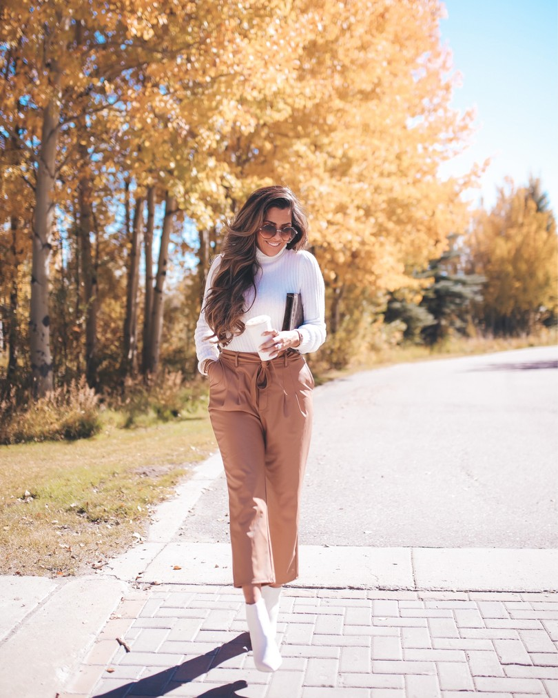fall fashion Pinterest outfit ideas, white boots outfit ideas