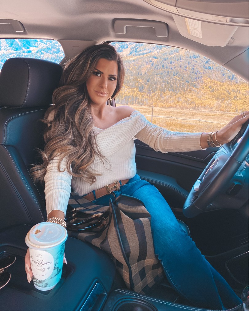 brunette balayage hair extensions, fall hair photos Pinterest, Hermes belt outfit idea, Emily Gemma, Jackson Hole, hair by Chrissy hair extensions, Brunette balayage