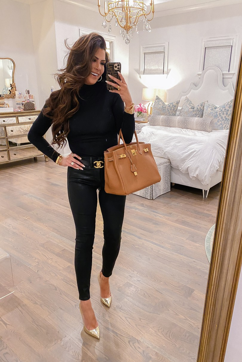 fall fashion 2021, Emily Gemma magic outfit, Birkin 35 gold on gold togo, good American jeans review, casual winter fashion outfit idea Pinterest 2021,