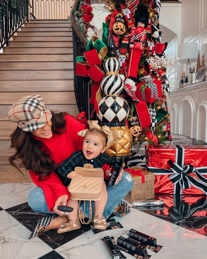 Emily Gemma, holiday decor ideas, Emily gemma home, hello holidays christmas decor, Burberry cap, red sweater, holiday outfit ideas