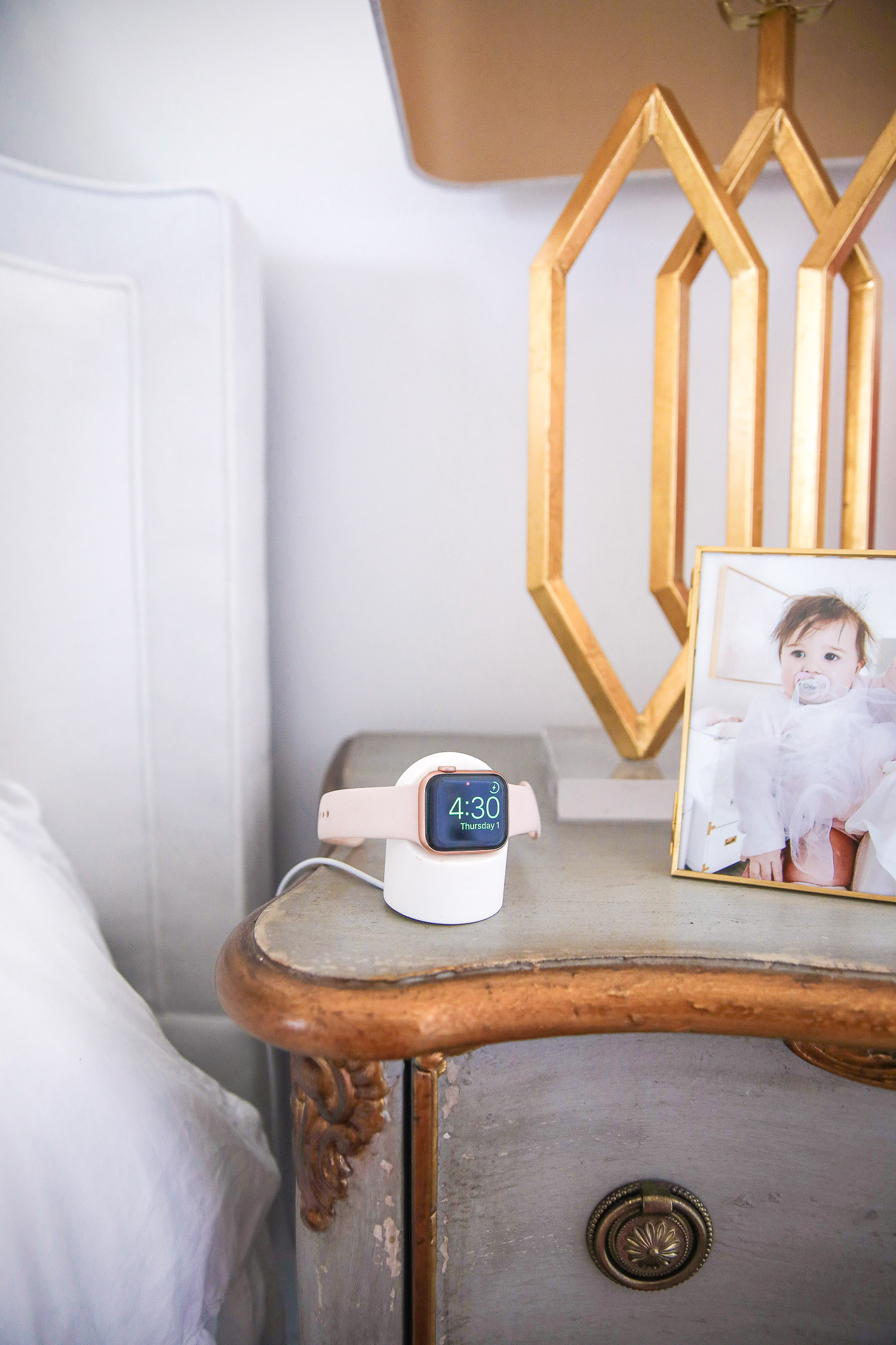 amazon Apple Watch charger, best Apple Watch charger display, Emily Gemma amazon |Amazon Must Haves by popular US life and style blog, The Sweetest Thing: image of a Apple watch charging stand.
