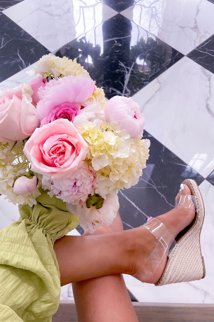 Steve Madden Clear Wedges, Pretty Flowers, Flower Inspiration, Peony Bouquet, Amazon Fashion Finds, Spring Fashion, Best Spring Sandals 2021   April Instagram Recap by popular US fashion blog, The Sweetest Thing: image of Emily Gemma holding a bouquet of pink roses, pink peonies, and white hydrangeas and wearing clear strap espadrilles.