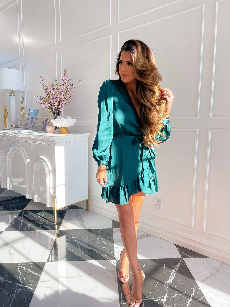 Emily Gemma, Green Satin Dress, Emerald Green Dress, Wedding Guest Dress, Nude Heels, Fall Dress 2021    Instagram Recap by popular US life and style blog, The Sweetest Thing: image of Emily Gemma wearing a Emerald green long sleeve tie waist mini dress with tan ankle strap sandals.
