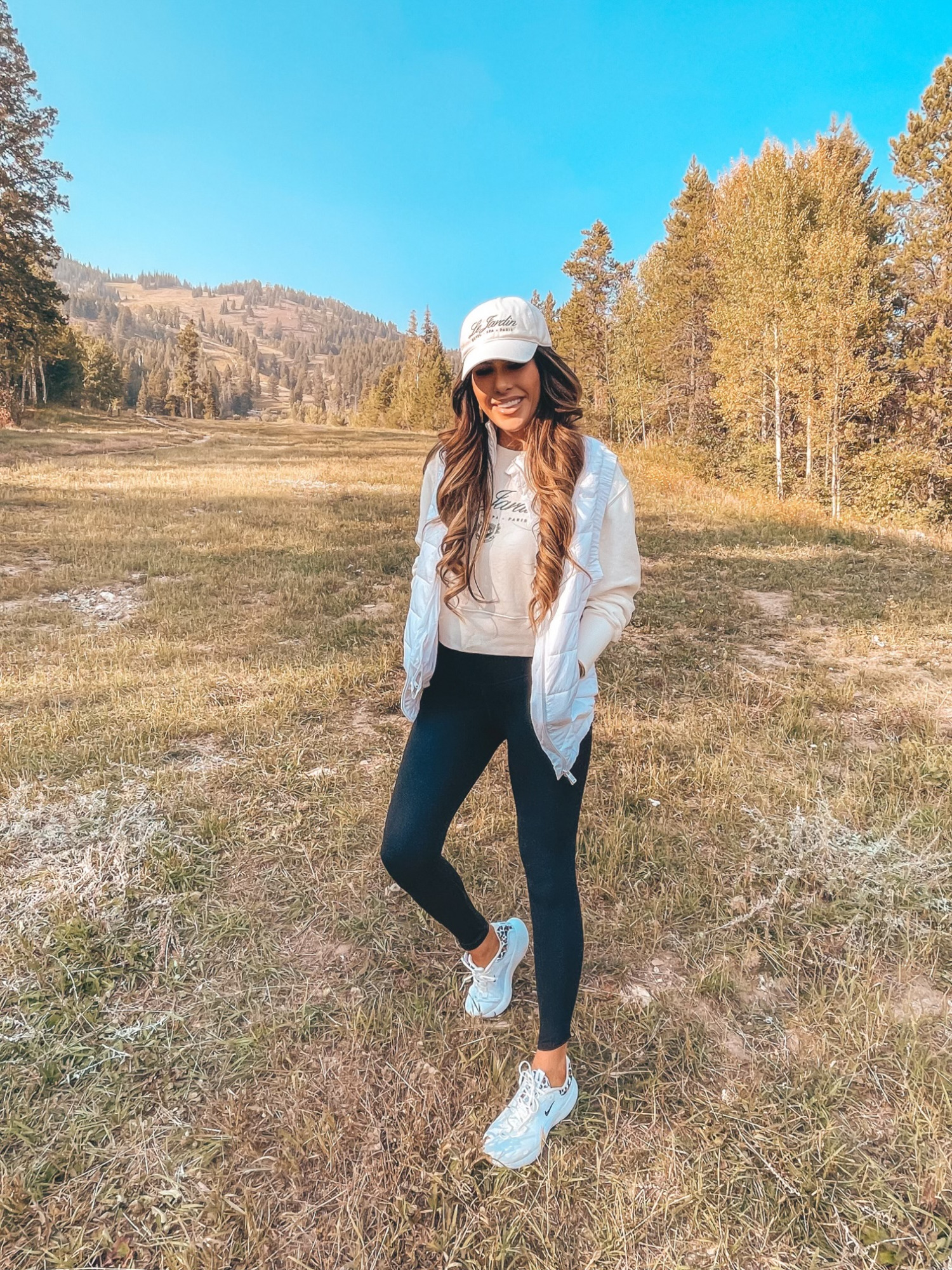 Fall Fashion On Sale featured by top US fashion blogger, The Sweetest Thing